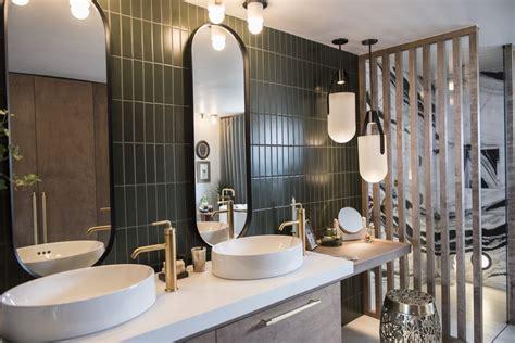 day bathroom surfaces     clean