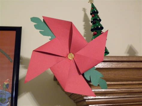 Poinsettia Pinwheel Craft~ Fun Christmas Craft Idea For Vacation Home Rentals In Panama City Beach Fl Gulf Shores Rental Homes Playa Del Carmen Florida Keys For Rent Sarasota 7 Bedroom Orlando Wyndham Resorts Page Small Style