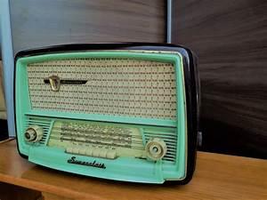 Poste Radio Vintage : poste radio vintage luckyfind ~ Teatrodelosmanantiales.com Idées de Décoration