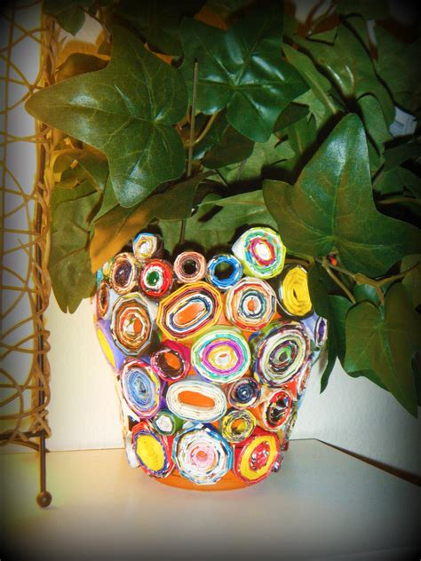 recycled magazines  plant holder  paper planter