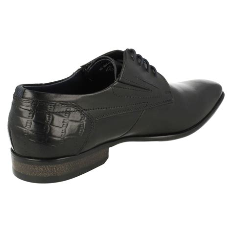 You'll find the perfect footwear to suit your browse our fantastic range of men's bugatti shoes at charles clinkard today. Mens Bugatti Rounded Toe Lace Up Formal Leather Shoes 311-18801   eBay