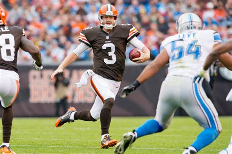Browns Tune Out Criticism Back QB Brandon Weeden CBS