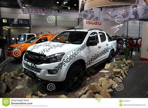 siege auto trade max isuzu d max 4x4 truck editorial photo image 41269371