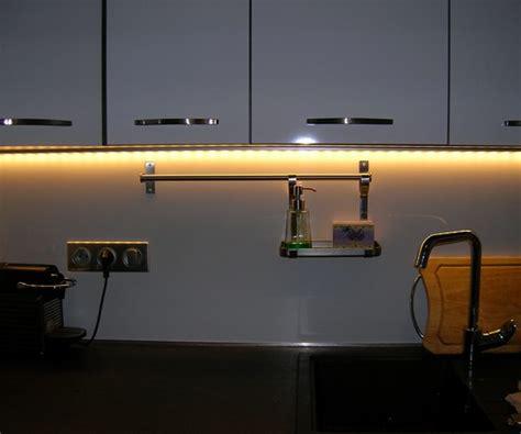eclairage led cuisine plan travail eclairage cuisine led carat vert liane lavande zoom