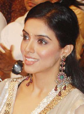 actress kalpana wikipedia asin thottumkal wikip 233 dia
