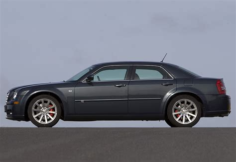 2005 Chrysler 300c Srt8  Specifications, Photo, Price