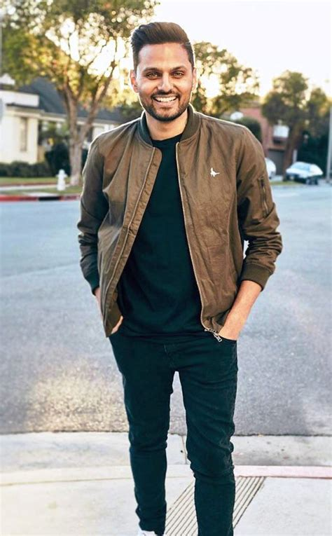 Jay pickett is seen on october 5, 2019 in los angeles. Jay Shetty Age, Girlfriend, Wife, Family, Biography & More » StarsUnfolded