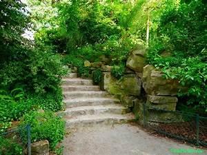 Jardin de la Nouvelle France Arrondissement 8 Paris Travel To Eat