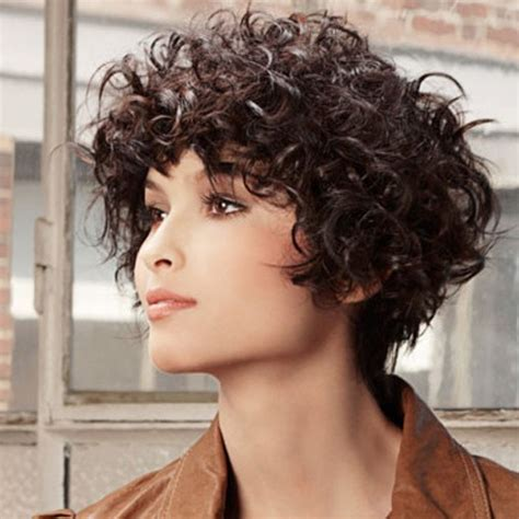 short hairstyles   faces curly hair