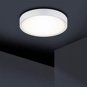 Deckenlampe Badezimmer Led : die besten 25 deckenlampe ideen auf pinterest deckenleuchte spot badezimmerlampe decke und ~ Markanthonyermac.com Haus und Dekorationen