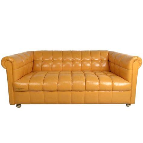 tufted chesterfield sofa mid century modern tufted chesterfield sofa for sale at