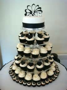 wedding cake and cupcakes wedding cakes pictures black and white wedding cupcakes