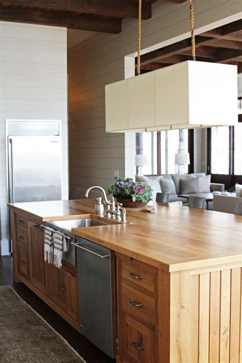 kitchen island design with sink 18 fantastic coastal kitchen designs for your house Kitchen Island Design With Sink