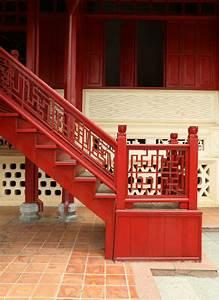 21 Elegant Wood Stair Railing Design Ideas (PICTURES)