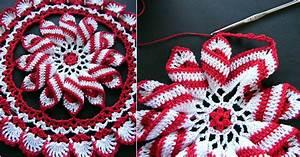 Bella Crochet Pinwheel Doily [Free Pattern] - STYLESIDEA