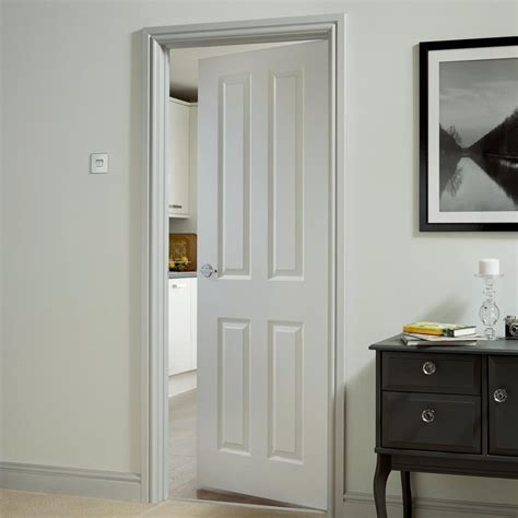 howdens donnington white smooth  panel moulded fd fire door howdens