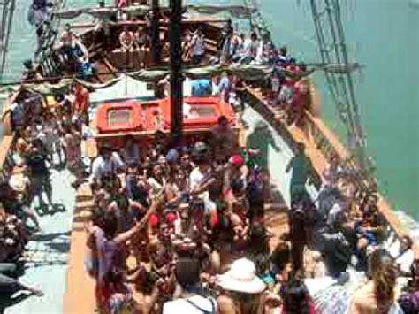 Barco Pirata Unipraias by S 243 Alegria Quot Navio Dos Piratas Quot Balne 225 Rio Cambori 250 Sc
