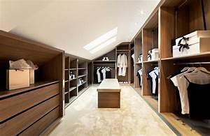 Dressing Sur Mesure Sous Pente : les meubles sous pente solutions cr atives ~ Melissatoandfro.com Idées de Décoration