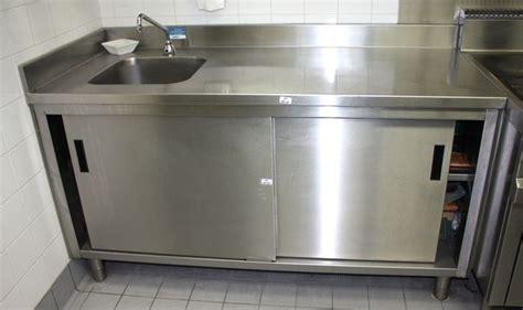 robinet cuisine cuivre meuble evier a 2 portes coulissantes adosse en inox