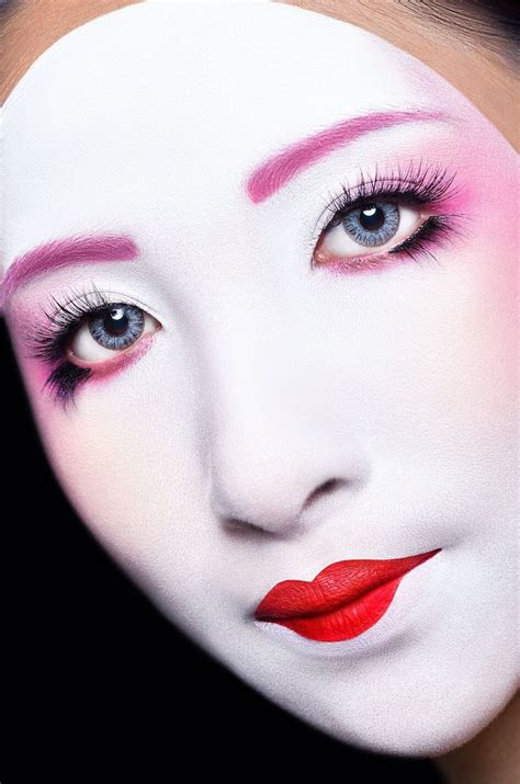 ima   period makeup modern geisha