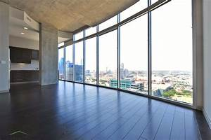 Glass house by windsor dallas tx walk score for Glass house apartments