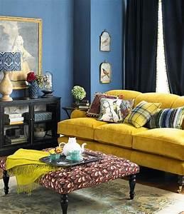 1001 idees creer une deco en bleu et jaune conviviale With tapis jaune avec canape moelleux velours
