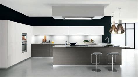 carrelage pour plan de travail cuisine plan de travail en carrelage pour cuisine plan cramique noir martel pour cuisine eguilles plan
