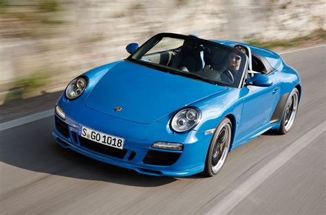 La dolce vita is one of the most famous movies of all time. Porsche 911 Speedster - Car Body Design