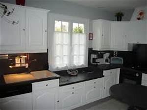 Cuisine Repeinte En Blanc : comment relooker une ancienne cuisine blog decoration maison ~ Melissatoandfro.com Idées de Décoration