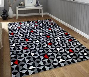 tapis gris noir rouge 6 idees de decoration interieure With tapis rouge gris