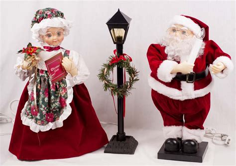 animated mr and mrs claus mr mrs santa claus animated motionette w l post display