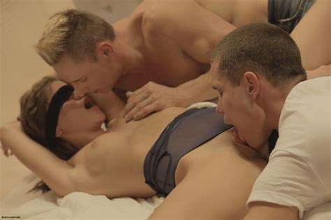 Blind Date Threesome Romantic Porn Female Friendly And
