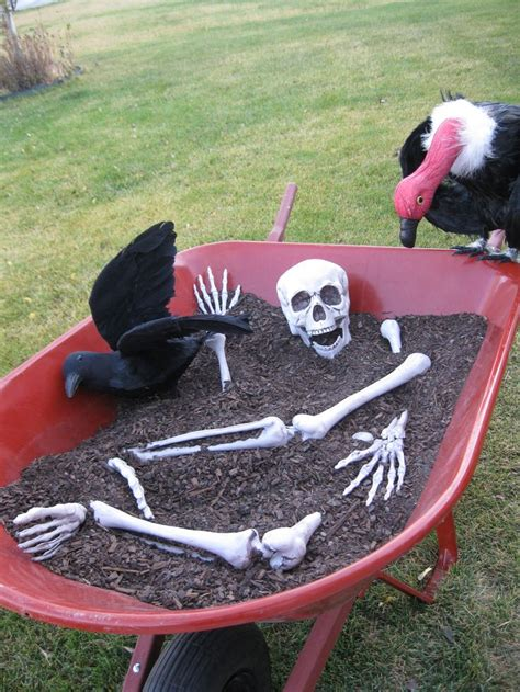 easy simple outdoor halloween decoration halloween