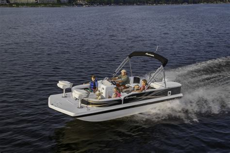 Hurricane Deck Boats by Research 2014 Hurricane Deck Boats Fd 198 Ob On Iboats