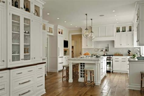 Traditional White Country Kitchen