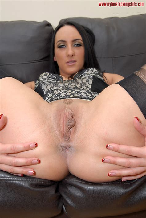 Stunning Dark Haired Milf In Sexy Stay Ups Xxx Dessert