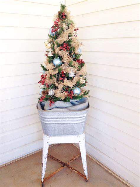 christmas tree   vintage galvanized wash tub