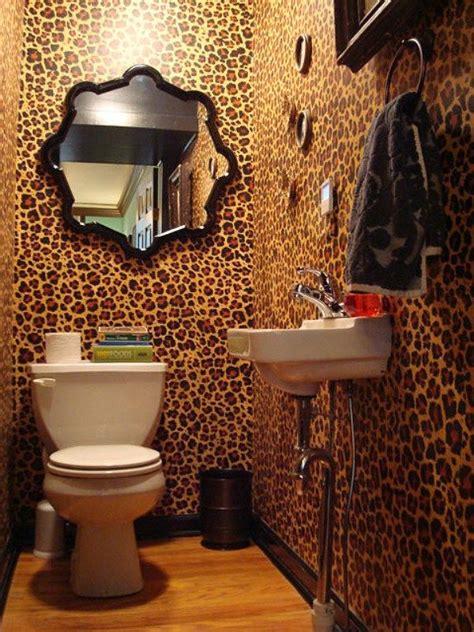 Animal Print Bathroom Ideas by Leopard Print Wallpaper In Bathroom Http Www