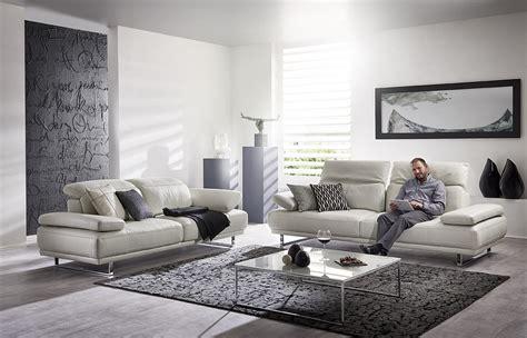 grand canapé design comment optimiser l 39 espace de votre salon de seanroyale