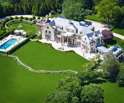 A Gilded Age Mansion In The Hamptons