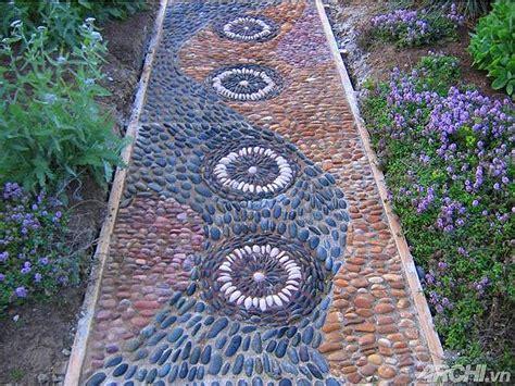 diy how to make a pebble mosaic pathway corner
