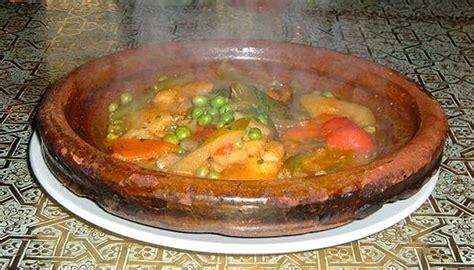 cuisine marocaine file moroccan tajin jpg wikimedia commons