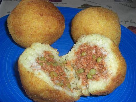 que cuisiner avec de la viande hach馥 recettes de viande hachée par sophie70 le arancini du commissaire montalbano spaghetti à la bolognaise sicilienne timbale de pâtes au four