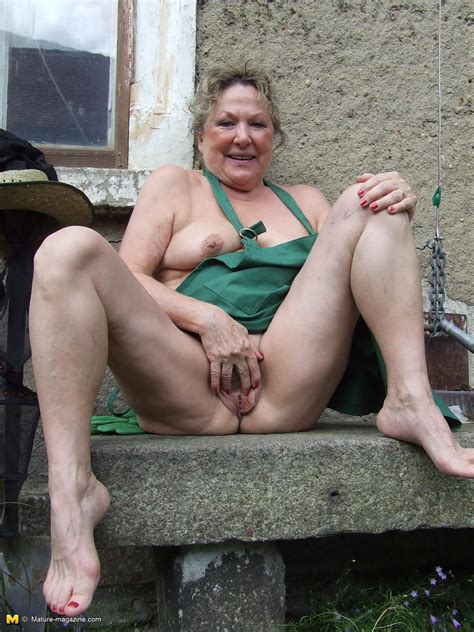 Mature Pics - free amateur mature sex galleries