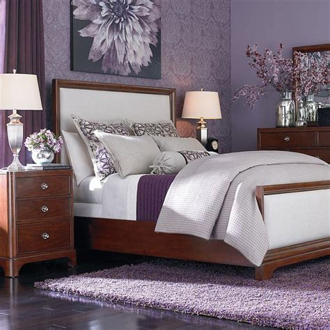 Purple And White Bedroom Decor Ideas by 25 Best Ideas About Purple Bedrooms On Purple