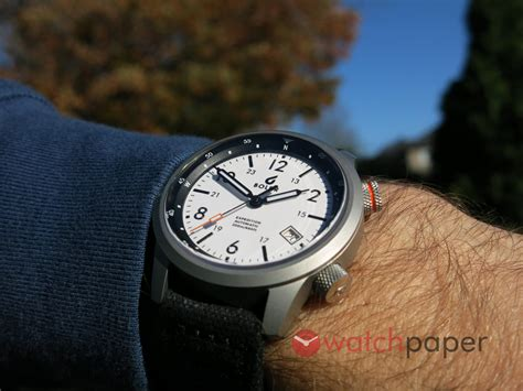 boldr expedition hands  preview watchpaper