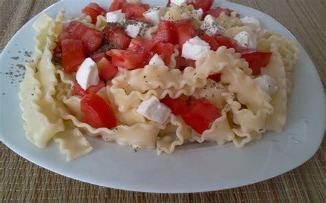 recette salade de p 226 tes mozza basilic tomates pas ch 232 re et simple gt cuisine 201 tudiant