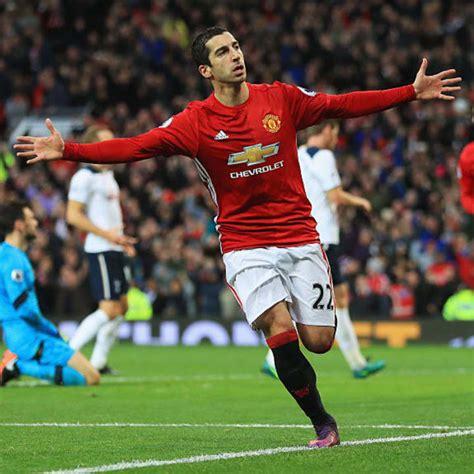 Man Utd's highest scoring midfielders in a single season ...