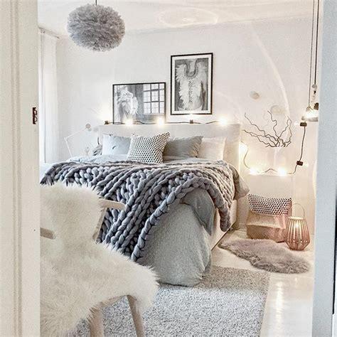 Cozy Bedrooms by Best 25 Cozy Bedroom Ideas On Cozy