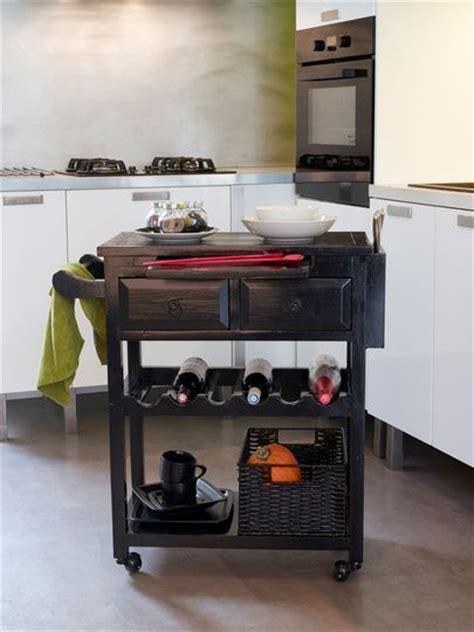 desserte pour cuisine relooker un meuble avec de la peinture ou du vernis